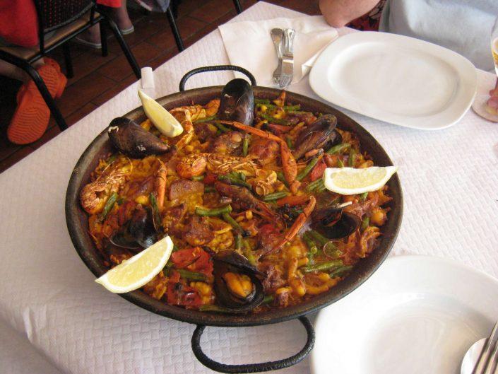 Posada Bernabales Gastronomía image 8