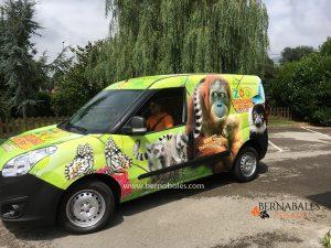Vehiculo Zoo de Santillan del Mar